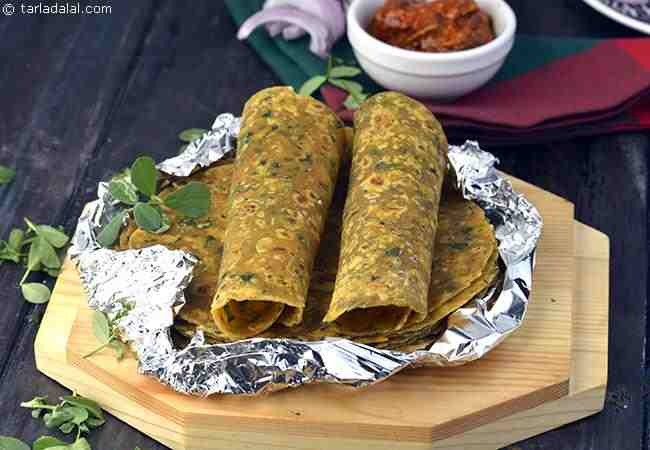 Indian vegetarian travel food recipes tarladalal 94 nothing like theplas to carry along on a journey not only are they very tasty with the superb flavour and aroma of methi they are also satiating and forumfinder Images