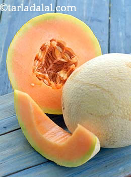 Glycemic Index Of Muskmelon Is 65 Is Muskmelon Good For Diabetics Weight Loss Tarladalal Com This healthy smoothie recipe is the perfect way to cool off in the summer when cantaloupe is at its peak, adding plenty of sweetness to this. glycemic index of muskmelon is 65 is