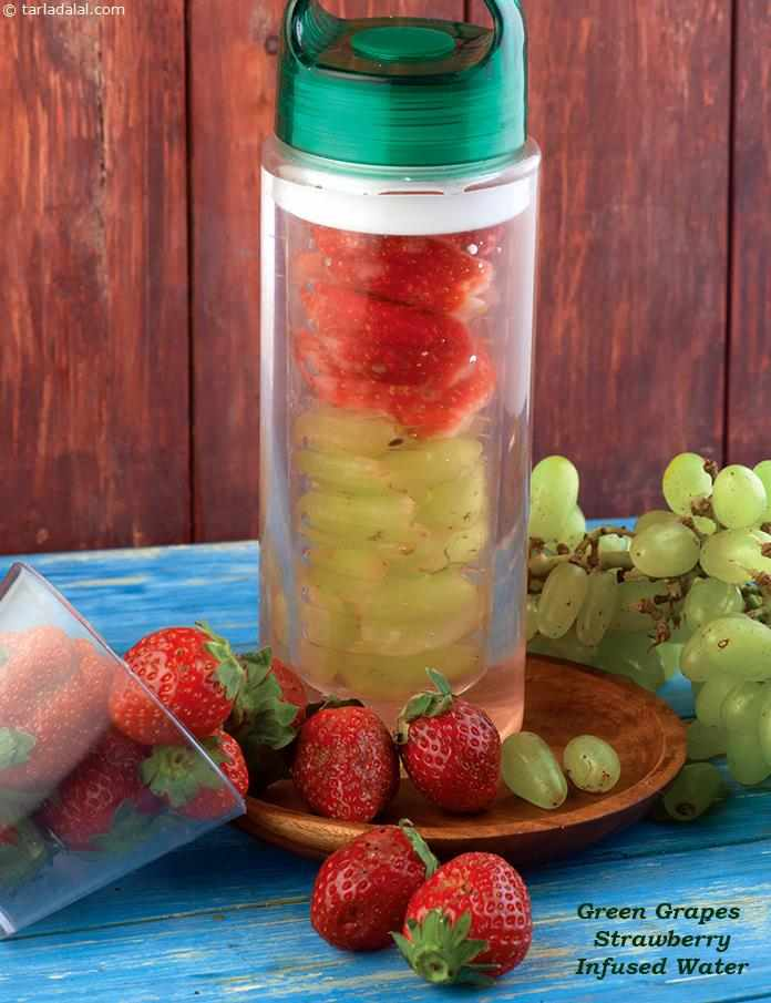 Green Grapes Strawberry Infused Water