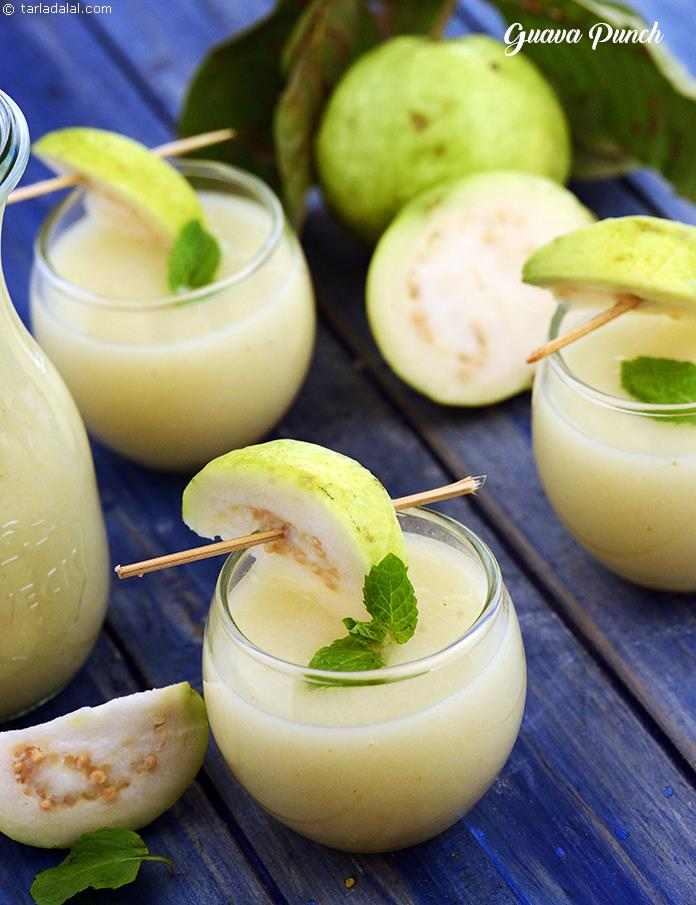 A mouth-watering blend of guava puree, ginger and lemon juice, garnished with sprigs of mint that add an irresistible aroma and flavour to the Guava Punch.
