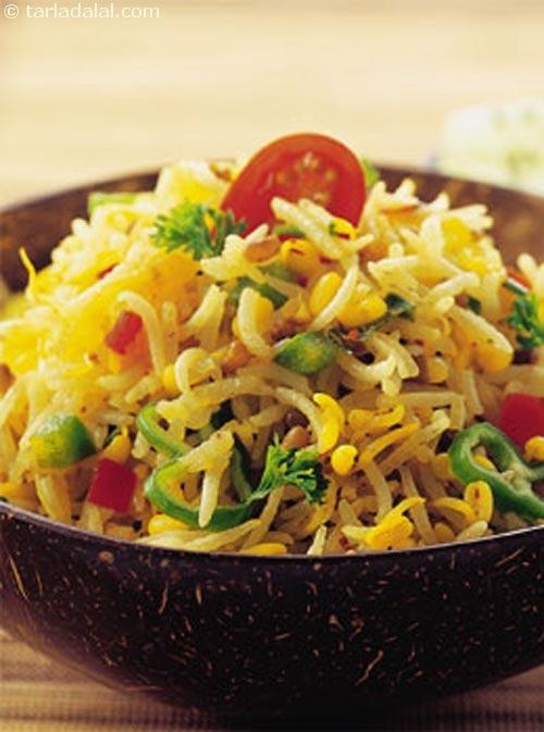 Matki Pulao ( Cooking with Sprouts )