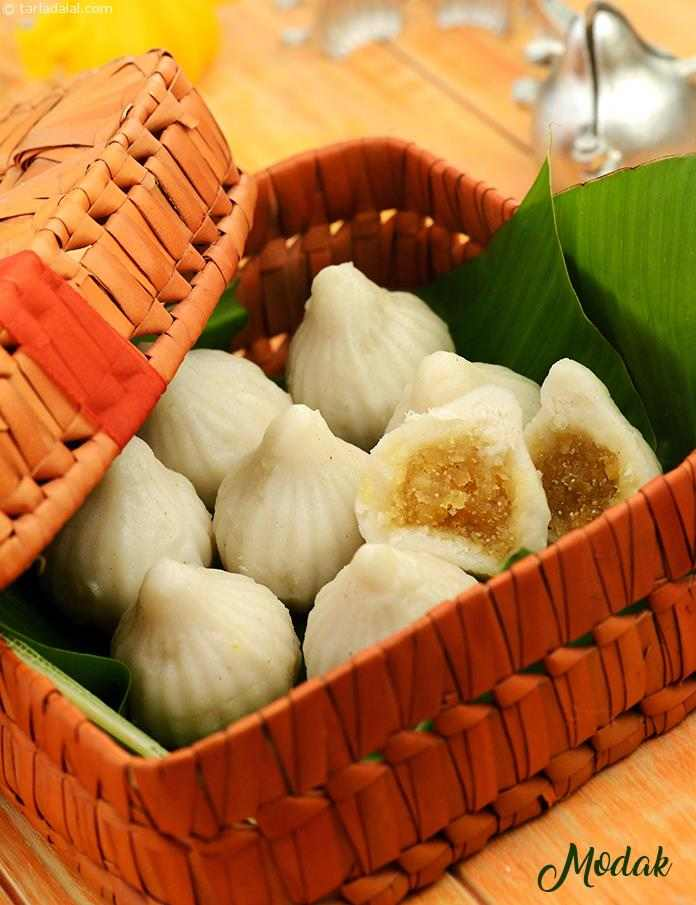 MAKE DELICIOUS MODAK AT THIS FESTIVAL