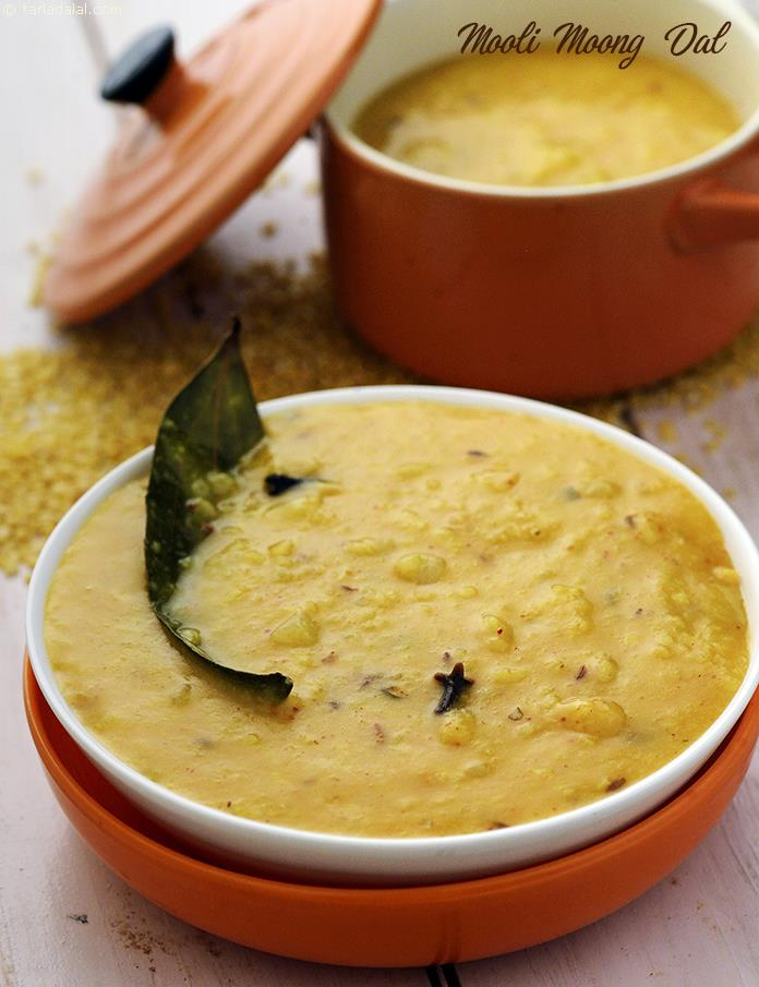 Mooli Moong Dal, the spiky flavour of white radish and the mellow, comforting nature of moong dal complement each other beautifully in this nutrient-dense dish.
