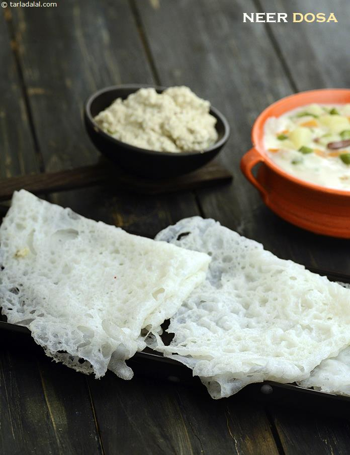 Neer Dosa (  Idlis and Dosas)