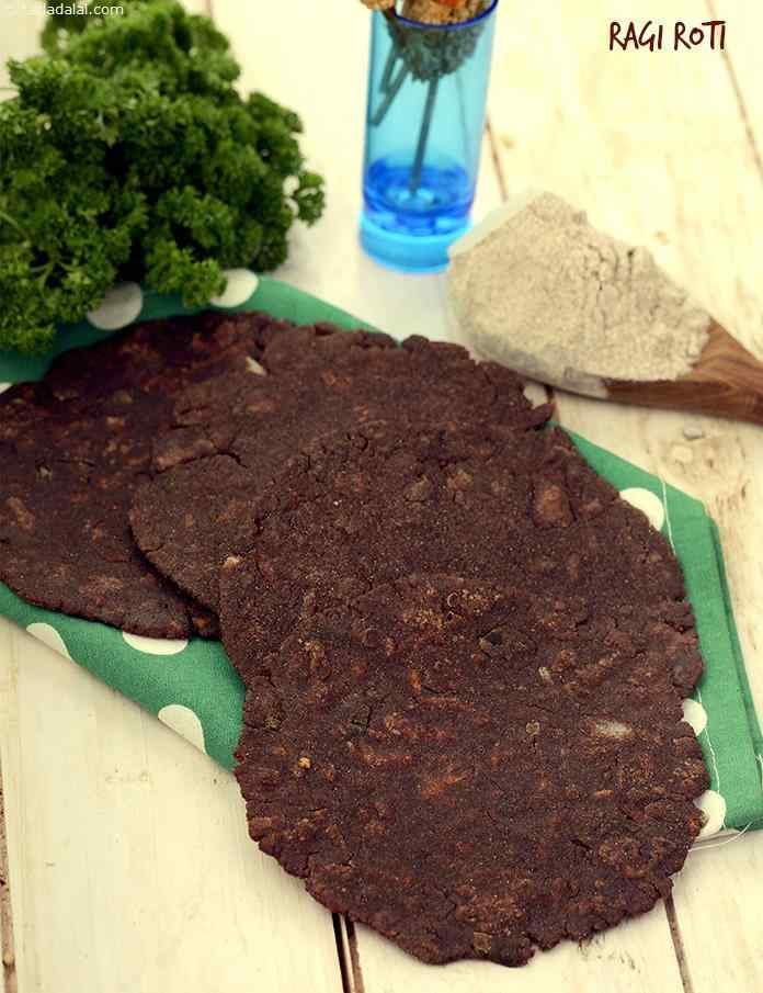 While not universally popular, ragi abounds in iron and calcium which helps to build haemoglobin and strengthen bones. Spring onions, carrots and green chilli paste add crunch and flavour to these ragi rotis.