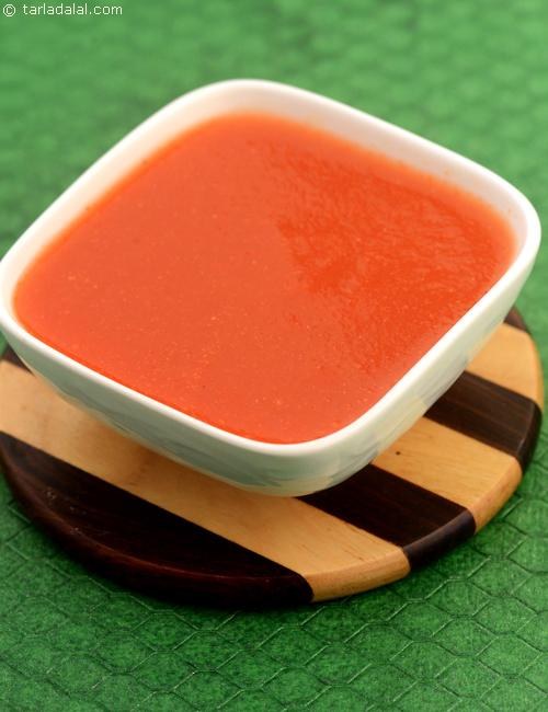 Tomato Sauce for jains made from bottle gourd can be used in a varietyof Indian and international dishes.