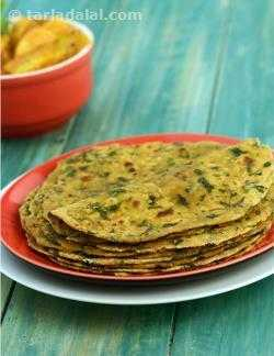 Banana Methi Thepla