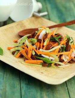 Carrot Cucumber and Rajma Salad in Mint Dressing