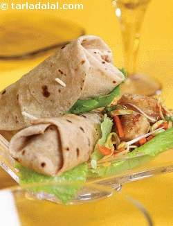 Chilli Paneer Wrap ( Wraps and Rolls)