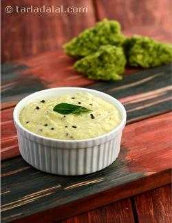 Coconut Chutney ( Mumbai Roadside Recipes)