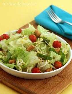 Spinach , Lettuce and Cherry Tomatoes in Honey Lemon Dressing