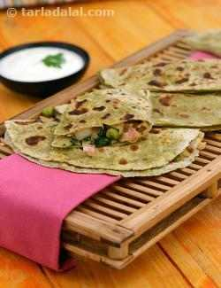 Minty Green Peas and Cabbage Paratha ( Low Calorie Healthy Cooking