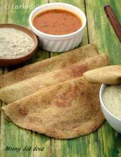 Moong Dal Dosa  (  Idlis and Dosas )