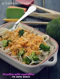 Noodles with Vegetables in Curry Sauce