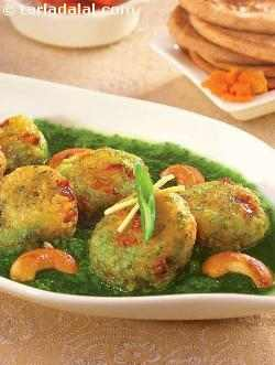 Paneer Koftas In Spinach Sauce