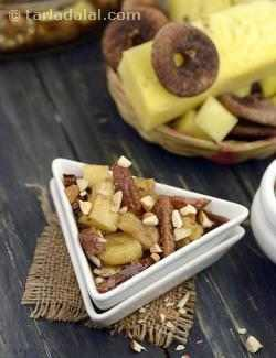 Pineapple, Banana and Fig Flambe ( Eggless Desserts Recipe)