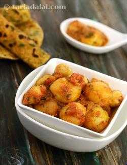 Shahi Aloo (  Rotis and Subzis)