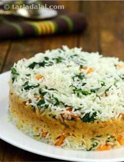 Spinach and Carrot Pulao with Coconut Curry