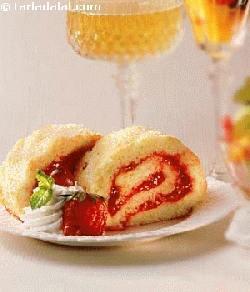 Strawberry Sponge Roll Recipe Eggless Dessert Recipes
