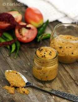 Tomato Chutney, South Indian Tomato Onion Chutney Recipe