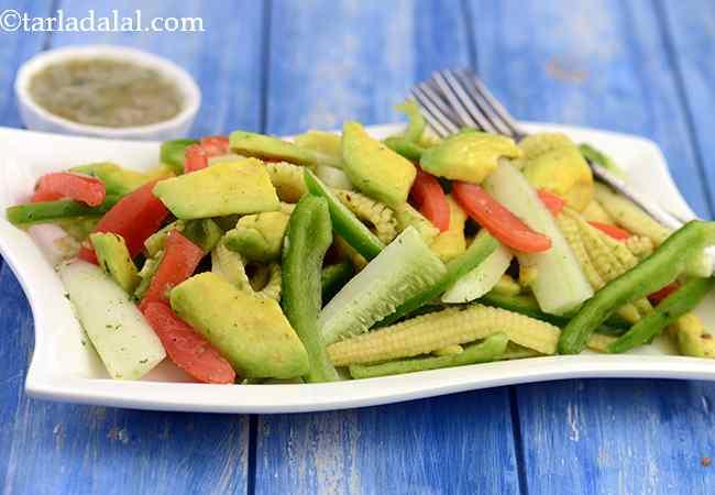 एवोकाडो सलाद रेसिपी   स्वस्थ एवोकाडो सलाद   ककड़ी टमाटर एवोकाडो सलाद   स्वादिष्ट एवोकाडो सलाद - Avocado Salad