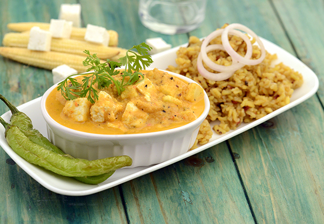 Baby Corn Aur Paneer ka Salan