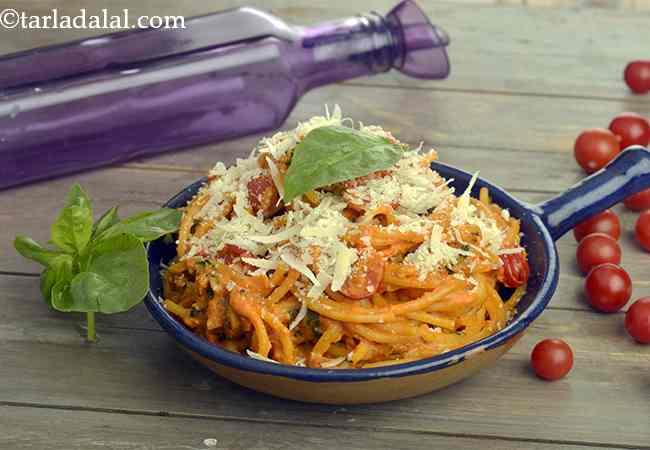 Basil and Tomato Pasta
