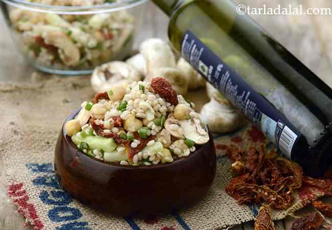 Chick Pea, Mushroom and Barley Salad with Balsamic Dressing