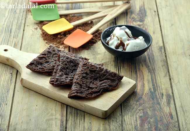 Chocolate-Eggless-Sweet-Crêpes-Basic-Dessert-Crêpes