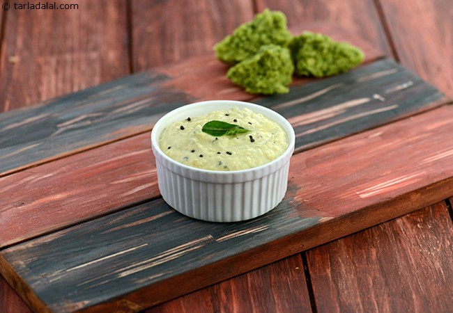 Coconut Chutney ( Idlis and Dosas)