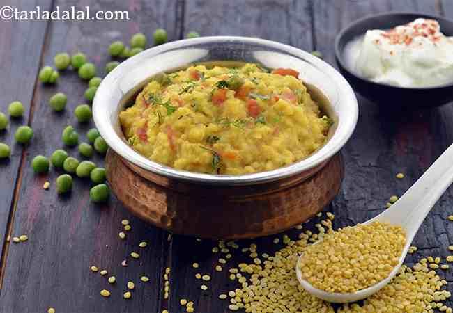 Fada ni Khichdi ( Zero Oil Dal Chawal Recipe)