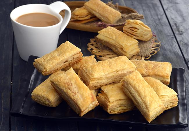 खारी बिस्कुट रेसिपी | खारी कैसे बनाएं | पफ पेस्ट्री बिस्कुट | खारी बिस्किट | - Khari Biscuit, Puff Pastry Biscuits