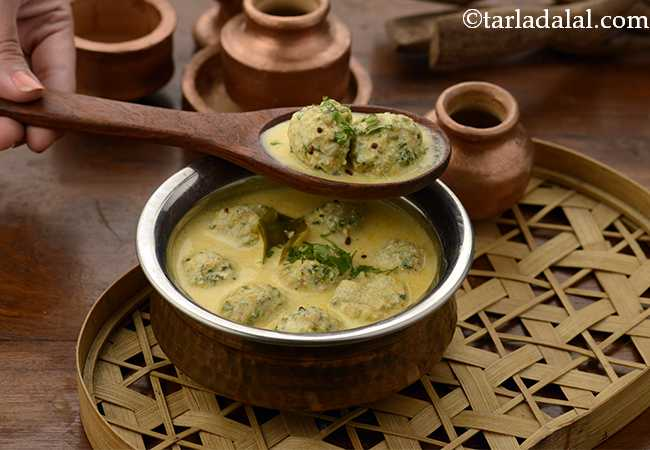 Methi Pakoda Kadhi (Mcrowave Recipe)