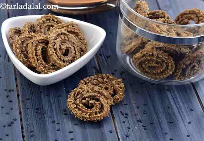 Multi Flour Chakli, Baked Snack Recipe