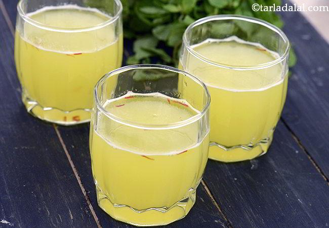 आम का पना रेसिपी | कैरी का पना | आम पन्ना | गर्मियों के लिए ठंडा आम पना - Panha, Aam Panna, Kairi Panha