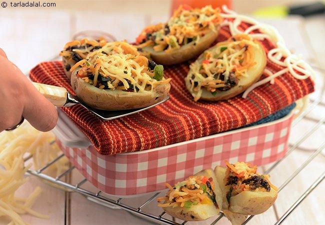 Stuffed Potatoes with Spaghetti